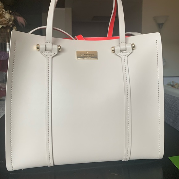 Kate Spade Bag with FREE Kate Spade Compact Wallet